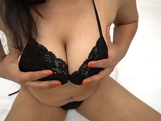 Real Hot Desi Pari Bhabhi Fingering in Pussy amateur asian big ass