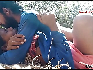 Desi Dewar Bhabhi OutDoor Fucked amateur milf indian